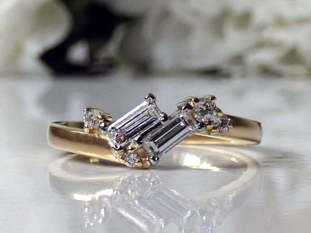 Beautiful ring from Heulwen Lewis Bespoke in St. Albans