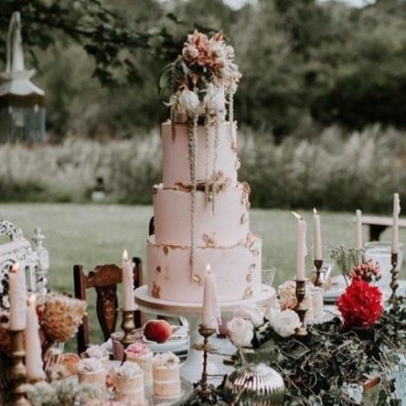Stunning cake created by CakesByAngela